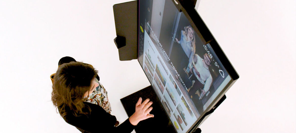Samsung Electronics France and iNUI Studio launch touchless display solution